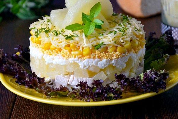 Салат курица и сыр слоями
