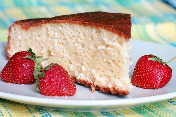 Творожный пирог на манке