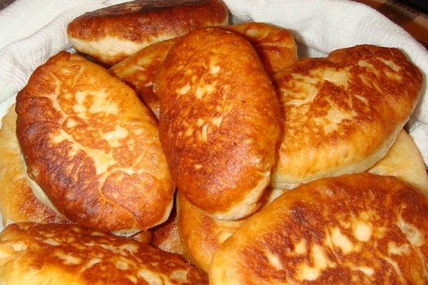 Пирожки на кефире с яблоками