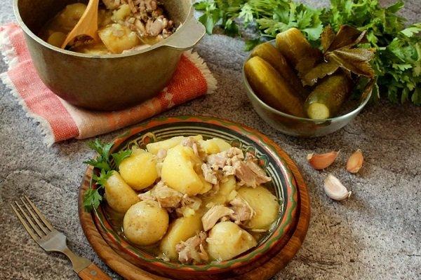 Картошка с курицей в казане