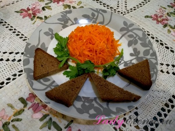 Морковь по-корейски.