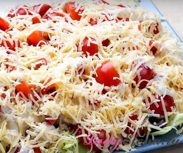 Салат с курицей и грибами фото-рецепт