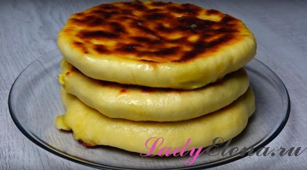 Хачапури с сыром на сковороде