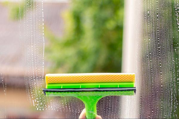 К чему мыть окна во сне