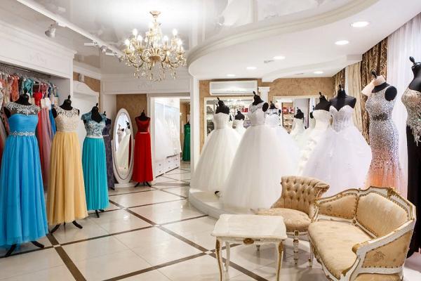 Приснилось свадебное платье в магазине