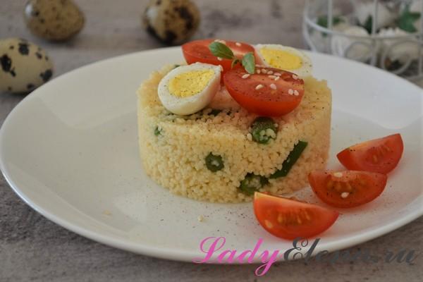Кускус с фасолью и помидорами