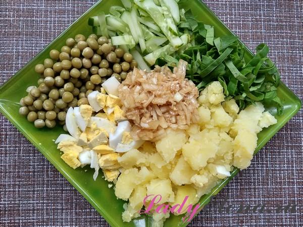 Салат с зеленым горошком фото-рецепт