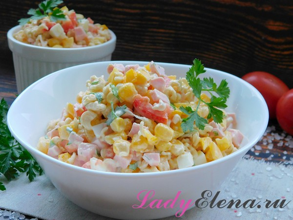 Быстрый салат из вермишели роллтон