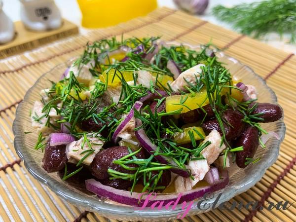Салат с курицей и фасолью фото-рецепт