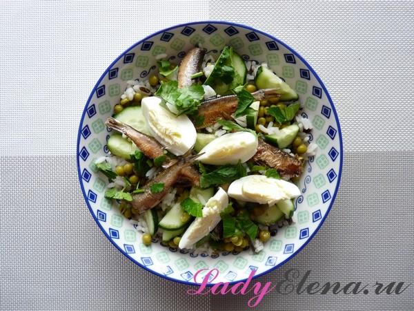 Салат со шпротами фото-рецепт