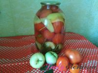 Помидоры с яблоками и перцем на зиму: маринованные, кетчуп, аджика