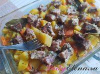 Свинина с картошкой в духовке: всегда вкусно и сытно (3 фото-рецепта)